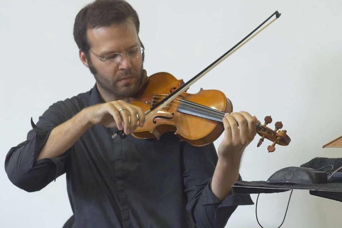 Erik Carlson